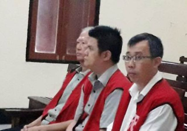 3 Manager Eight Spa Siapkan Jasa Cewek Import