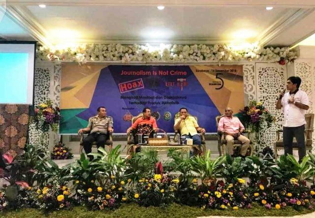 Polisi dan Jaksa Isi Seminar Journalism Is Not Crime