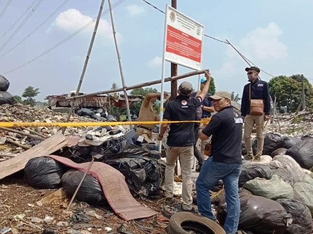 Tempat Pembuangan Sampah Bogor Disegel KLHK