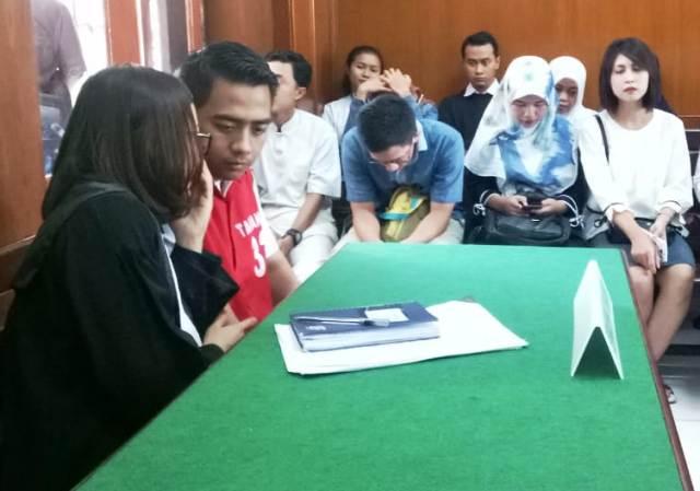 Pegang Payudara, Zunaidi Diganjar 9 Bulan Penjara