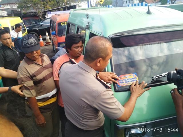 Polrestabes Surabaya Sosialisasi Safety Riding